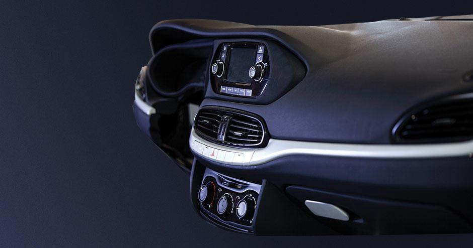 une console imprimée en 3D dans une voiture